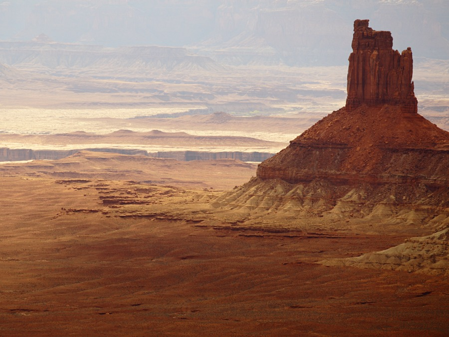Hike arches & canyonlands national parks.