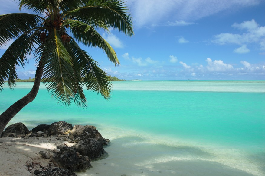 Aitutaki Cook Islands  city pictures gallery : across Aitutaki's lagoon from the manicured grounds of the Aitutaki ...