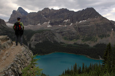 Lake O'Hara alpine circuit trail