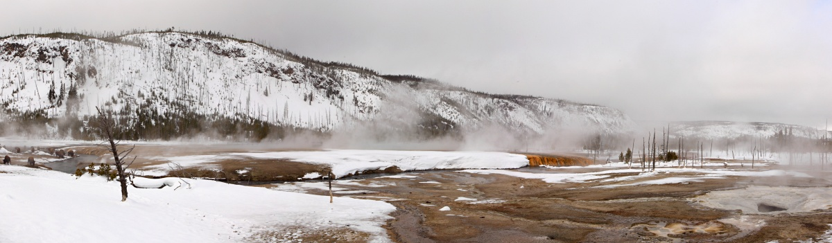 Black Sand geyser basin winter